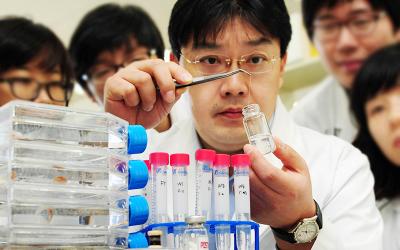 화공 차형준 교수팀, 생체모방 통한 이산화탄소 자원화 촉매 개발